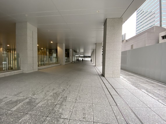 虎の門病院回廊
